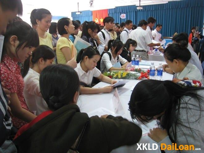 Chưa tốt nghiệp cấp 3 có đi Đài Loan được không?
