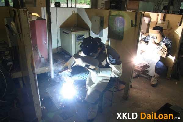 Nhà máy ở Đào Viên Đài Bắc tuyển nam làm hàn xì 1